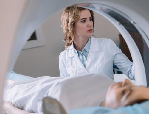 Como é realizada a ressonância magnética e para que ela serve