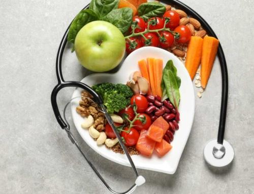 Uma alimentação balanceada ajuda a prevenir doenças cardiovasculares
